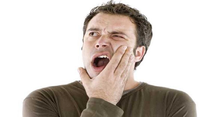 احساس درد در ناحیه فک